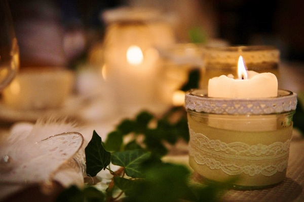 candlelight-Image-by-Stefan-Nyffenegger-from-Pixabay-600x400.jpg
